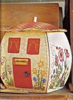 Las chorradikas de Laury: Patrón caja patchwork en forma de casa