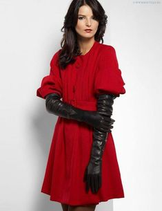 Now those are some seriously long leather gloves! Elegant Gloves, Dress Gloves, Women's Gloves, Ladies Gloves, Gloves Fashion, Women's Fashion, Black Leather Gloves, Leather Pants, Long Gloves