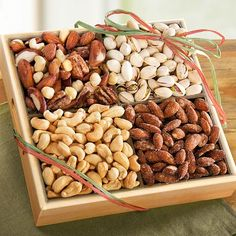 Assorted Nuts gift tray for diabetics--great for Christmas gift giving! Gourmet Gift Baskets, Gourmet Gifts, Gourmet Recipes, Snack Recipes, Snacks, Brownie Recipes, Free Recipes, Dry Fruit Tray, Dried Fruit