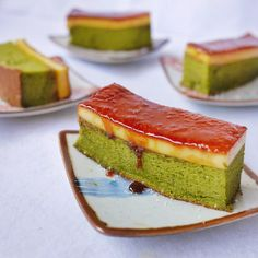 yellowfingers: Creme Brulee Green Tea Chiffon Cake