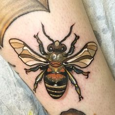 Bee Tattoo by Oleg Turyanskiy Rn Tattoo, Lady Bug Tattoo, Wolf Tattoo Sleeve, Tattoo Und Piercing, Libra Tattoo, Lower Hip Tattoos, Hip Thigh Tattoos, Hip Tattoo Small, Hand Tattoos