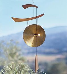 Wind & Weather wind chimes naturally find a way to chime in every chance they get. Assisted by the wind, all of our garden chimes have a unique sound and style. Asian Wind Chimes, Diy Wind Chimes, Garden Spinners, Wind Spinners, Feng Shui Garden, Weather Wind, Tin Can Art, Asian Landscape, Blowin' In The Wind