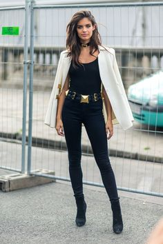 Ankle Boots Outfit Ideas Gallery ankle boot outfit formulas to take you from summer to fall Ankle Boots Outfit Ideas. Here is Ankle Boots Outfit Ideas Gallery for you. Ankle Boots Outfit Ideas how to wear ankle boots for petites lake shore la. Trend Fashion, Girl Fashion, Autumn Fashion, Fashion Outfits, Womens Fashion, Paris Fashion, Style Fashion, Petite Fashion, Fashion Ideas