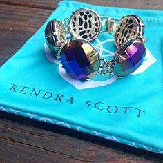 Kendra Scott Cassie Bracelet Kendra Scott 'Cassie' bracelet in gold/black iridescent. Brand new, without tags. Accepting offers, no trades please  Kendra Scott Jewelry Bracelets