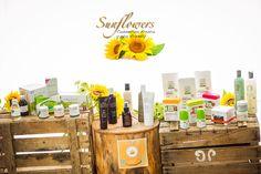 Sunflowers Cosmética Natural es una tienda on line de productos ecológicos para toda la familia. Con algunas marcas internacionales novedosas y otras nacionales de reciente creación, su creadora, Susana, apuesta por una cosmética sin tóxicos y por marcas innovadoras en materia de cosmética ecológica.