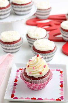 These Red Velvet Cupcakes are so moist and tender with a light chocolate flavor. They're topped with cream cheese frosting and some sprinkles. Red velvet cupcakes are a classic, beautiful flavored treat that is perfect for so many occasions. They're amazing for decorating your Christmas table or for serving on Valentine's day. Of course, they... Read On → The post Red Velvet Cupcakes appeared first on Cookie Dough and Oven Mitt. Chocolate Dipped Fruit, Chocolate Flavors, Chocolate Desserts, Cupcake Flavors, Cupcake Recipes, Dessert Recipes, Red Velvet Cupcakes, Velvet Cake, Valentines Day Desserts