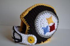 Pittsburgh Steelers~Custom Crochet Baby Football Helmet: Steelers on etsy Crochet Hats For Boys, Crochet Baby Hats, Cute Crochet, Crochet Crafts, Yarn Crafts, Crochet Projects, Knit Crochet, Crochet Football Hat, Steelers Football