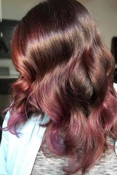 Subtle rose-mauve hair was a fall favorite. | 17 Of The Prettiest Hair Trends We Saw This Year