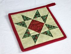Mug Rugs, Handicraft, Appreciation, Etsy Shop, Quilts, Artwork, Scrappy Quilts, Quilted Potholders, Christmas Poinsettia