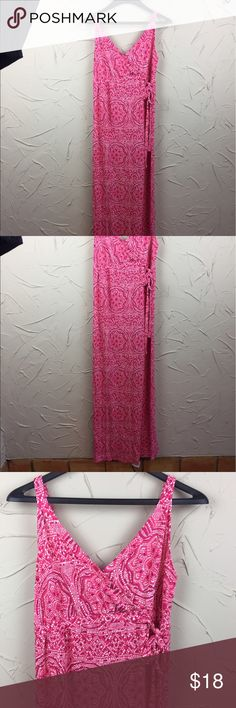 Old Navy Pink Maternity Maxi Dress Pink and white design maternity dress. It is a faux wrap with a tie on the side, and is a maxi - all the way to the floor. Super soft, comfy, and in great condition. Old Navy Dresses Maxi