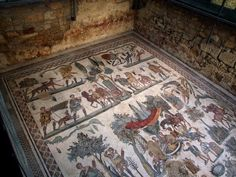 Perhaps the best known mosaics of the ancient Roman world are images of girls wearing an ancient version of a bikini. They have been nicknamed the bikini girls Ancient Rome, Ancient Art, Ancient History, Roman History, Art History, Fresco, Oriental, The Bikini, Prehistoric