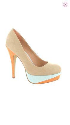 Sapato bege by LaStrada