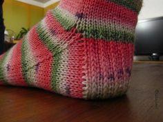 Ravelry: Lauriza's Destination 74                           Love the heel!