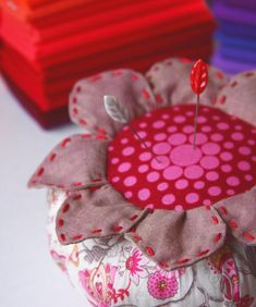 flower pin cushion...pinning for Steph Kelly..isn't it cute!!??