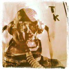 Thumbnail for Terveet Kädet patsas statue Multimedia Artist, Statues, Punk, Social Media, Halloween, Photography, Painting, Image, Design