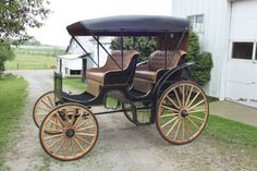 Horse Drawn Surrey Carriage Buggy Wagon. _ $4500.00