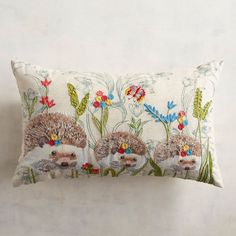 Join the hedgehog craze with our cotton and linen oblong pillow. On your sofa, chair or bed, its cute design adds a fun touch to any room, and that's certainly worth smiling about. Lumbar Pillow, Bed Pillows, Living Room Cushions, Classroom Inspiration, Decorative Cushions, Cute Designs, Hedgehogs, Accent Pillows, Elsa