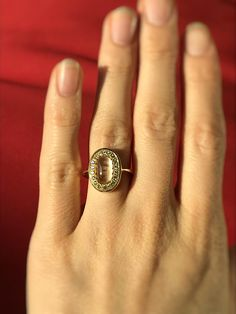 Wedding ring with a ct sapphire and 18 brilliants. The sapphire is made from hair of the bridal pair. Mevisto makes jewelry from hair. check how the process works! Ruby Pendant, Forget Me Not, Personalized Jewelry, Class Ring, Jewelry Making, Wedding Rings, Pendants, Gemstones, Bridal