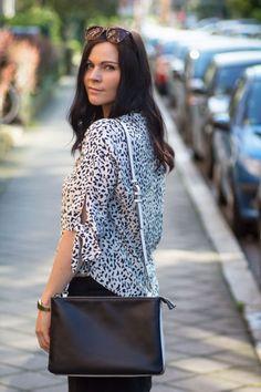 Outfit: Mango Rock, Zara Print Shirt & Topshop Espadrilles // Shirt - Zara // Skirt - Mango // Bag - Zara // Espadrilles - Topshop // Sunglasses - Ginatricot // Nail Polish Essie - Romper Room // Lip Stick MAC - freckletone //