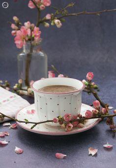 BLOSSOMS, ČOKOLADA, FLOWERS, FOOD & DRINK, FOOD STYLING, HOT CHOCOLATE. CHOCOLATE, KULINARIČNA FOTOGRAFIJA, PHOTOGRAPHY, SPRING, VEGA, VEGANSKO, VROČA ČOKOLADA. VEGAN Coffee Milk, Coffee Cafe, My Coffee, Good Morning Coffee, Coffee Break, Chocolate Delight, Hot Chocolate, Godiva Chocolatier, Coffee Images