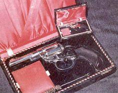 Miniature Gunsmithing—David Kucer Woodworking Furniture, Hand Guns, Miniatures, David, Timber Furniture, Firearms, Pistols, Mini Things, Mockup