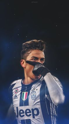 Un Crack simpre se hace amigo de los angeles aficion. I really like Juve Ein Crack befreundet immer das Hobby. Best Football Players, Football Is Life, Sport Football, Soccer Players, Football Soccer, Cr7 Messi, Messi And Ronaldo, Lionel Messi, Cristiano Ronaldo