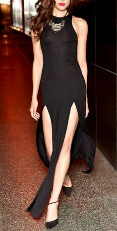 lovely double slit maxi dress that shows off beautiful legs, i love it