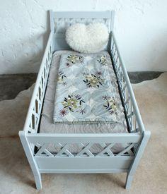 Lit bébé bois – couleur au choix