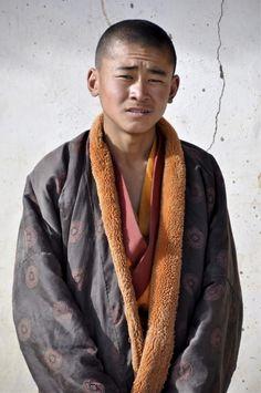 A young Amdo monk from near Qinghai Lake/Tso Ngonbo