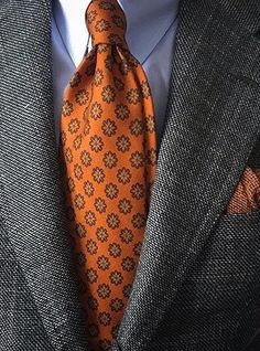 With the days of suits, shirts and office ties coming to an end, it is still possible to look smart and. Sharp Dressed Man, Well Dressed Men, Classic Men, Mode Costume, Style Masculin, Men Formal, Tie And Pocket Square, Suit And Tie, Cool Suits