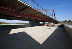 Vroenhoven Bridge / Ney&Partners