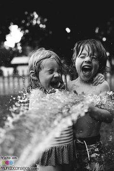 590 Mejores Imagenes De Ninos Jugando Kids Playing Photo Kids Y