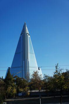 PYONGYANG | Ryugyong Hotel | 330m | 1083ft | 105 fl | T/O - Page 266 - SkyscraperCity