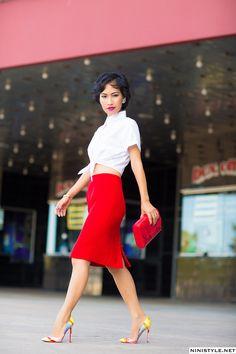 VINTAGE CHANEL SKIRT   Nini's Style