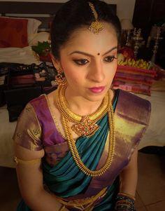 Beautiful Bride, Beautiful Dresses, Nice Dresses, South Indian Weddings, South Indian Bride, Bridal Silk Saree, Saree Wedding, Tamil Brides, Indian Bride And Groom