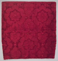 Velvet with the pattern delineated solely by the contrast between two heights of the dense silk velvet pile was particularly popular in the 16th century.