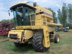 New Holland TR88 combine