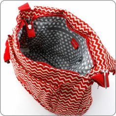 KIPLING TASCHEN : Kipling Schultertasche Garan - Chevron Red Print