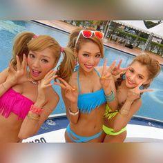 長女・次女・三女 なんちゃって!! カズエさん、リリさん、 三姉妹とか言ってスミマセン サイバートリオで撮影させて頂く時は いつも本当に楽しくて大好きな時間です❤️❤️ ありがとうございます!!>_< #cyberjapan #shooting #bikini #swimwer #beach #pool #neon #pink #Blue #yellow