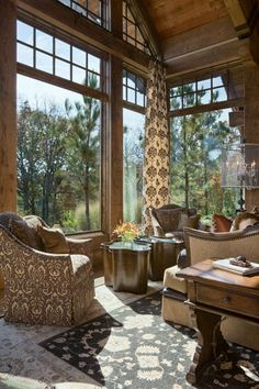 Chimney Rock living room, MO. Locati Architects.