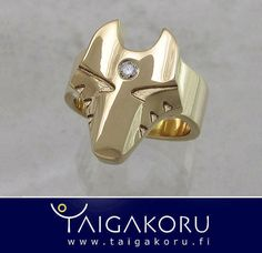Susi, Hukka, sudenpää, sormus, kulta, kultasormus, timantti. Wolf head ring, gold, diamond. MS77 by TAIGAKORU, via Flickr