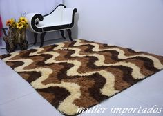 Tapete Peludo 2,00 X 1,50 Sala Barato Lindo Shaggy + Brinde - R$ 188,37 em Mercado Livre Pom Pom Rug, Latch Hook Rugs, Shag Carpet, Patterned Carpet, Bedroom Carpet, Modern Rugs, Rug Hooking, Carpet Runner, Animal Print Rug