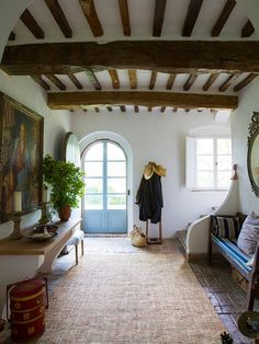 Entrance Hall and coat hanger in Tuscany