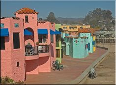 Capitola California Colorful Beach Houses On The Pacific Ocean