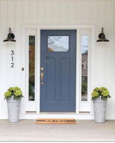 70 Best Modern Farmhouse Front Door Entrance Design Ideas – Home Design Exterior Door Colors, Front Door Paint Colors, Painted Front Doors, Exterior Doors, Colored Front Doors, Navy Front Doors, Colored Door, Best Front Door Colors, Garage Door Colors