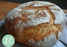 Εύκολο Σπιτικό Ψωμί Greek Bread, Yummy Mummy, Bread Machine Recipes, Pan Bread, Dessert, Group Meals, Greek Recipes, Bon Appetit, Crackers