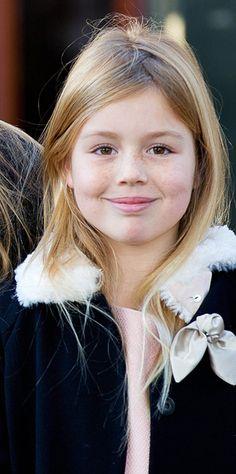 La princesse Alexia, le 9 novembre 2014Elle est vraiment craquante avec ses multiples taches de rousseur. La petite princesse Alexia, fille cadette de la reine Maxima et du roi Willem-Alexander des Pays-Bas souffle ce vendredi ses 10 bougies.