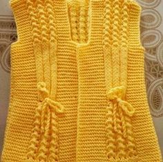 """Bebek yelek I found no site, page, or pattern for this item. [ """"Can anyone plz give a heads up on the pattern. The cast on etc. Knitting For Kids, Crochet For Kids, Baby Knitting, Crochet Baby, Knit Crochet, Baby Sweater Knitting Pattern, Lace Knitting Patterns, Knitting Stitches, Sari"""