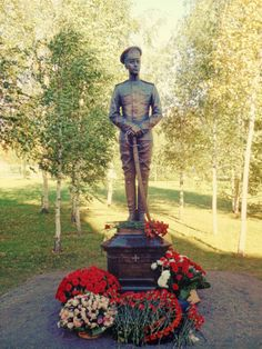 """A monument dedicated to Prince Oleg Konstantinovich of Russia, who died from battle wounds in September 1914, was raised at Tsarskoe Selo one hundred and one years later, complete with a plaque bearing the Prince´s dying words: """"I am so happy. The slip blood of the Imperial house will raise the spirit of the army."""""""