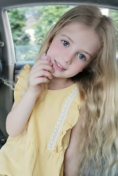 Pretty Kids, Modern Photography, Kids Fashion, Actors, Kid Portraits, Cute, Model, Magazine, Fantasy